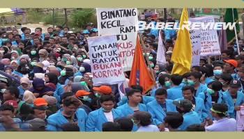 VIDEO Mahasiswa UBB Penuhi Ruang Paripurna DPRD Babel Dalam Unjuk Rasa Hari Tani Nasional