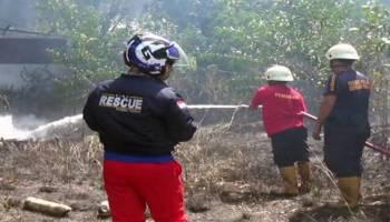 Video Salah Satu Gudang PT KOBA TIN Nyaris Ludes di Lalap Api