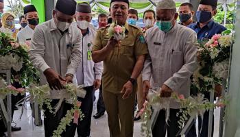 Wabup Bangka Resmikan Balai Nikah dan Manasik Haji Kecamatan Sungailiat
