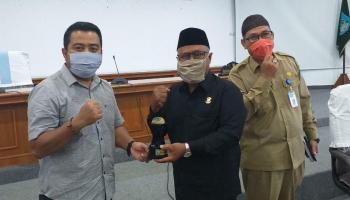 Wakil I DPRD Kabupaten Bangka Terima Kunjungan 26 Anggota DPRD Kota Pangkalpinang