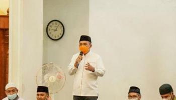 Wali Kota Molen Hadiri Isra Miraj di Masjid Sabilul Muhtadin