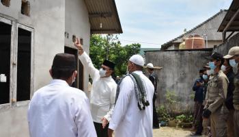 Warga Air Kepala Tujuh Antusias Sambut Kedatangan Gubernur Erzaldi