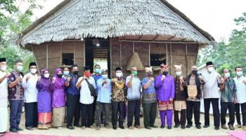 Warga Dusun Aik Abik Gelar Nujuh Jerami Sebagai Ungkapan Syukur