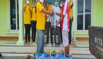 Warga Dusun Parit 9 Toboali Terima 40 Paket Sembako dari Kelenteng Dewi Abadi