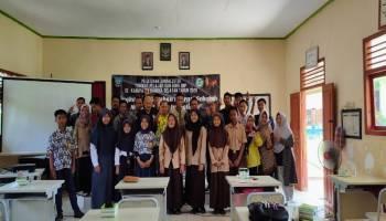 Wartawan Bangka Selatan Latih Guru dan Siswa Lepong Belajar Nulis Berita