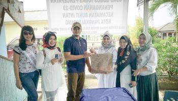 Yayasan Ibu Muda Berkarya Berbagi Kasih di Tengah Pandemi Covid 19