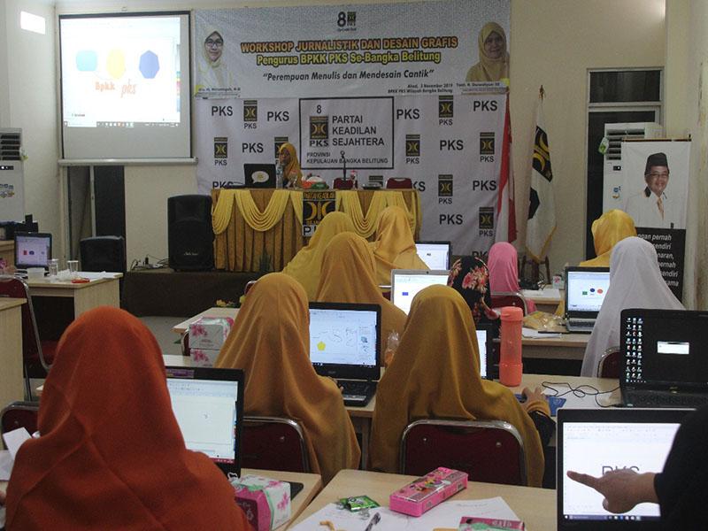 Tak Mau Kalah dengan Kaum Pria, BPKK PKS Babel Gelar Workshop Jurnalistik