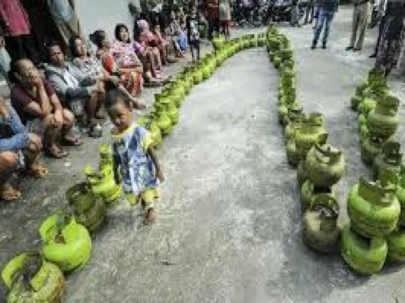 Tangkap Pelaku Kecurangan Distribusi Gas Melon, Jika Ada Yang Berani?