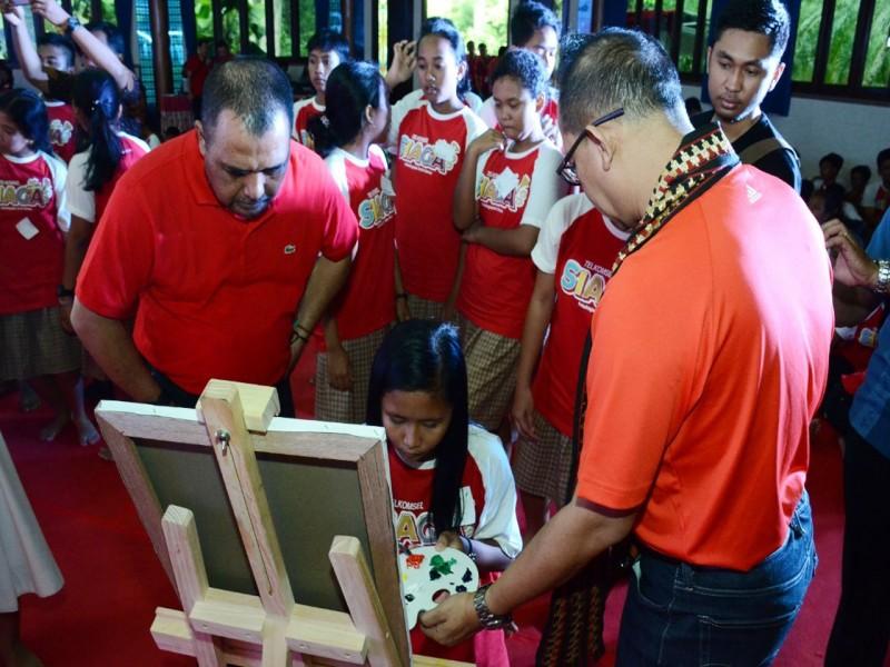 Telkomsel Berbagi Kasih Bersama 5.000 Anak Yatim dan Kaum Dhuafa di Empat Kota