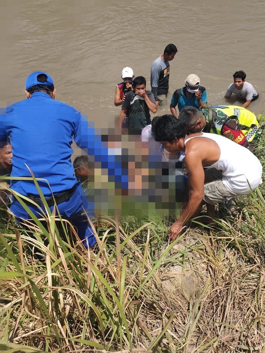 Tiga Hari Lakukan Pencarian, Tim SAR Gabungan Berhasil Temukan Jasad Korban Jembatan Ambruk di Delas