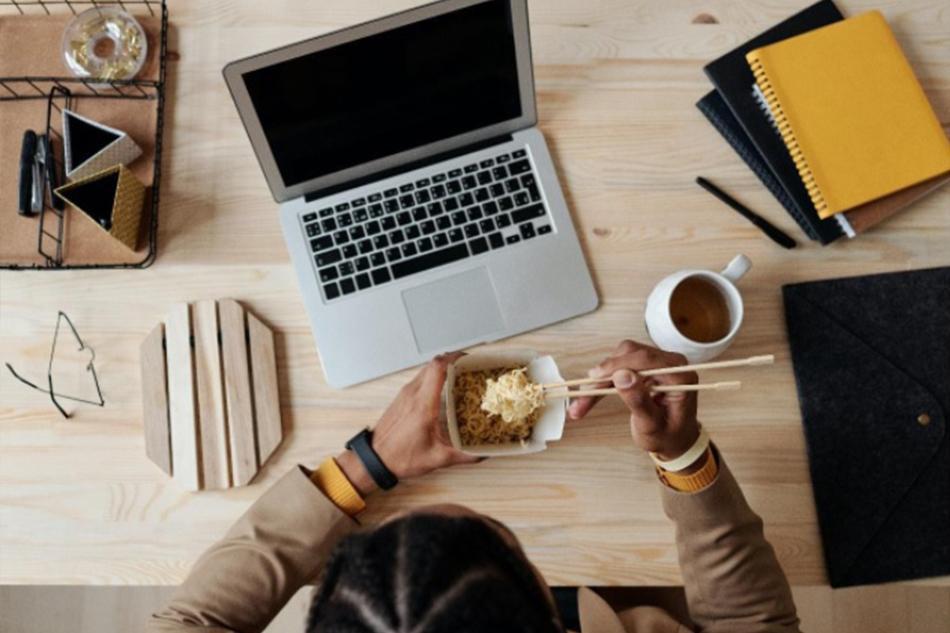 Tips Membeli Laptop untuk Belajar Daring