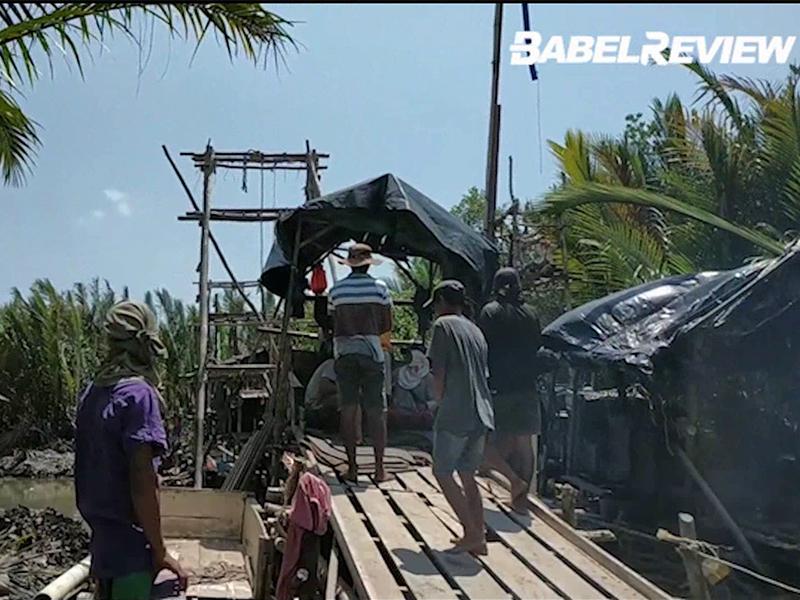 VIDEO Sempat sembunyi, Nelayan Desa Pagarawan Ciduk para penambang Liar