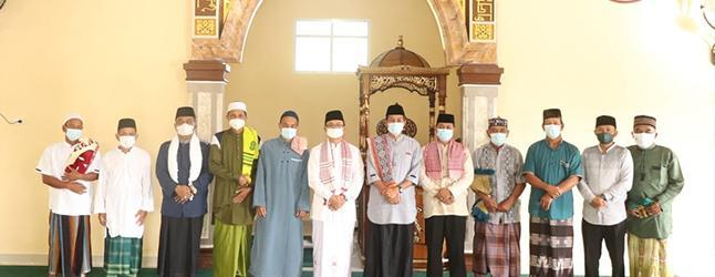 Wabup Bangka Jadi Khotib Sholat Idul Adha 1442 H di Masjid Jabal Nur