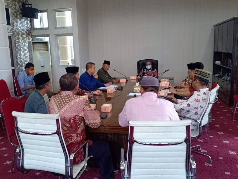 Wali Kota Pangkalpinang Tegaskan Warga Sholat di Rumah