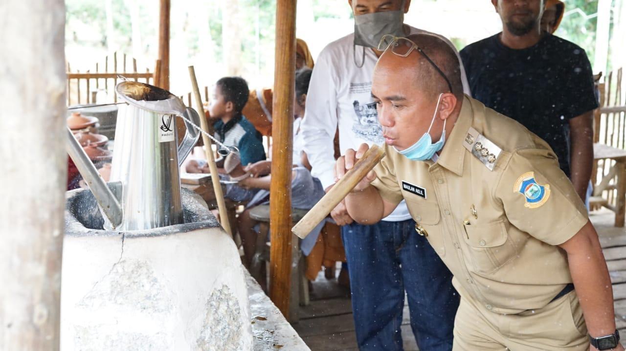 Walikota Menikmati Masakan Khas Kampoeng Tiga Oerang, Molen: Enaknya Boleh Diadu!
