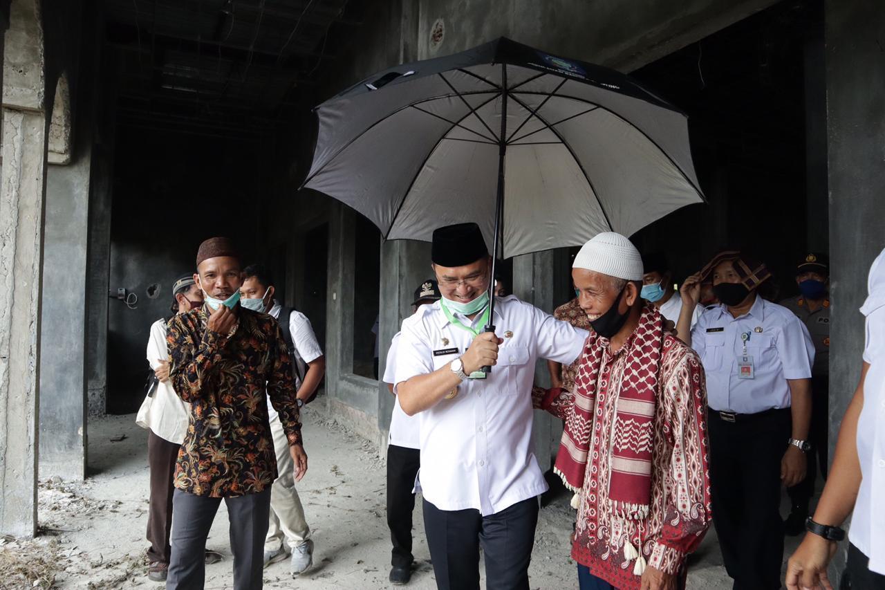 Warga Curhat Kendala Pembangunan Masjid Di Hadapan Gubernur Babel, Erzaldi: Desember Ini Harus Selesai!