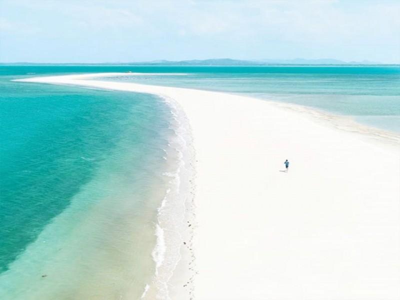 Yuk! Telusuri Keindahan dan Eksotisnya Pulau Panjang